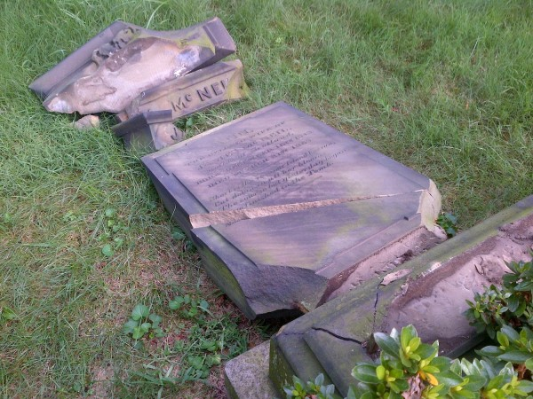 VANDALIZED: News from Green-Wood Cemetery, Brooklyn