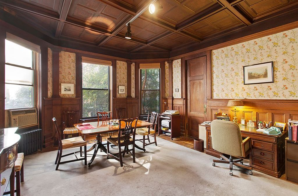 LW! and Vandenberg Host Tour of Historic Clarence True Interior